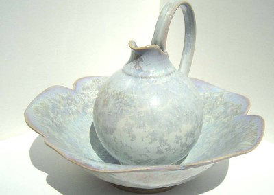 mauve loop jug & petal bowl