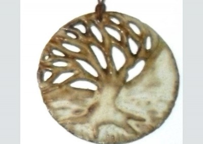 Single big tree pendant